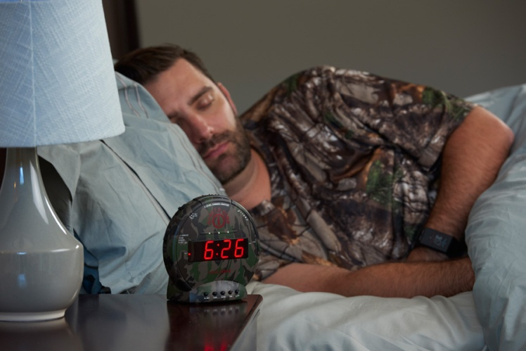 Camo-Alarm-clock-bunker-bomb-sonic-bomb-heavy-sleepers.jpg