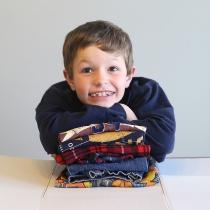 laundry-hack-kids-how-to-teach-children-to-fold-laundry-diy-folding-board-4.jpg